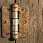 How to stop door hinges from rusting.