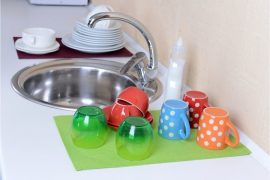 How to keep dish drying mats clean and sanitary.