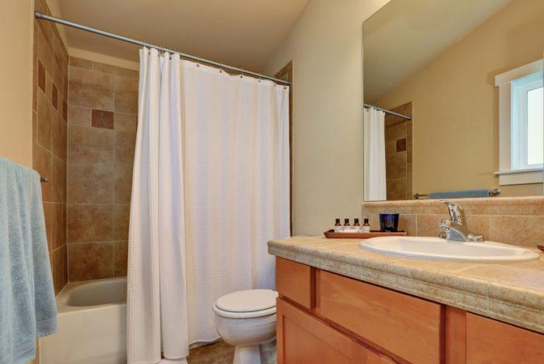 Best shower curtain rods that won't rust.