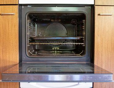 Effective ways to clean oven racks.