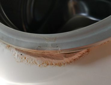 Signs of rust in a washing machine.